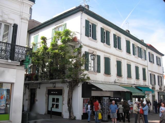 Maison à  la glycine, pension de madame Galichet  où fut commencée la composition du Boléro, au seco